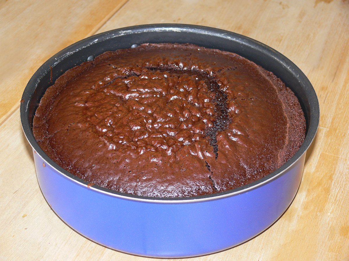 Torta al cacao morbidissima senza uova