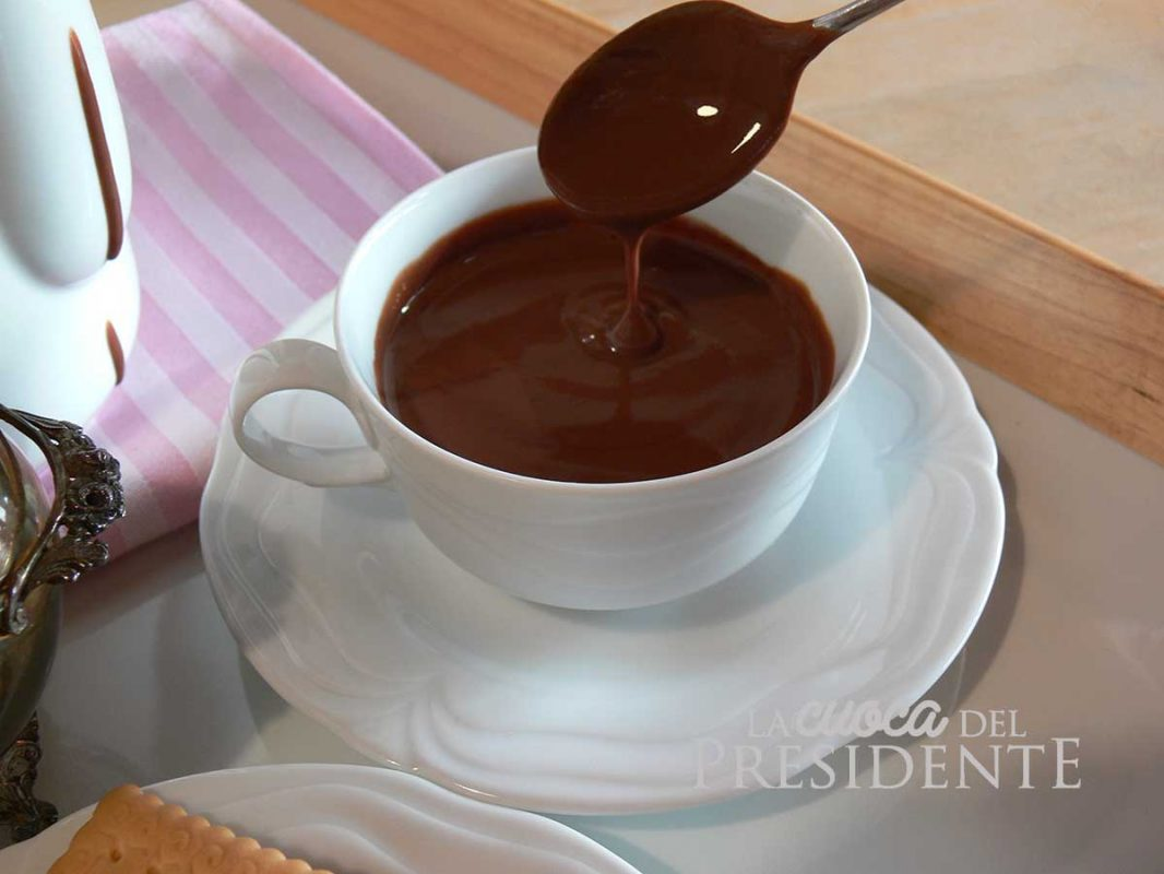 Cioccolata calda in tazza