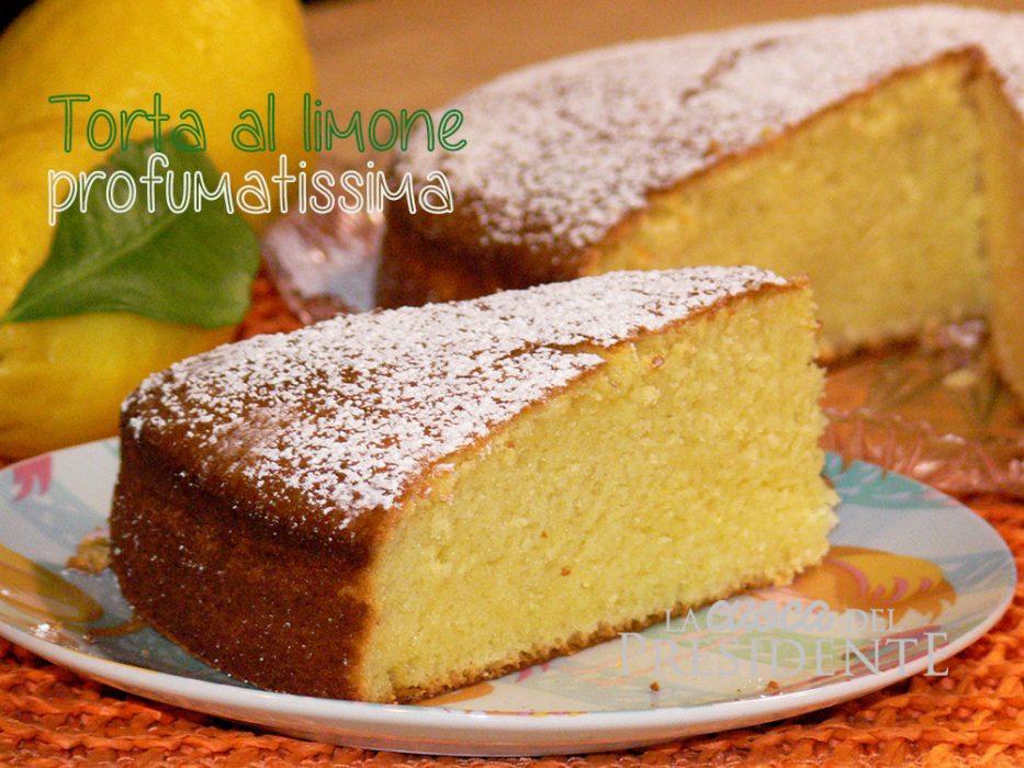 Torta al limone profumatissima
